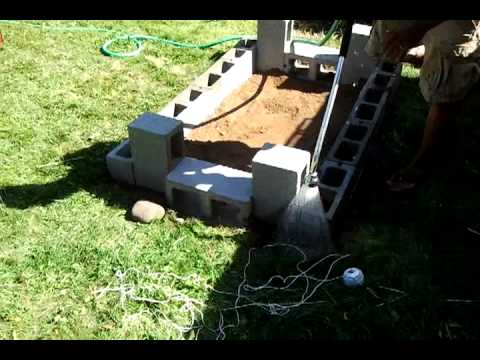 DIY Backyard bbq brick pit. Stage 1