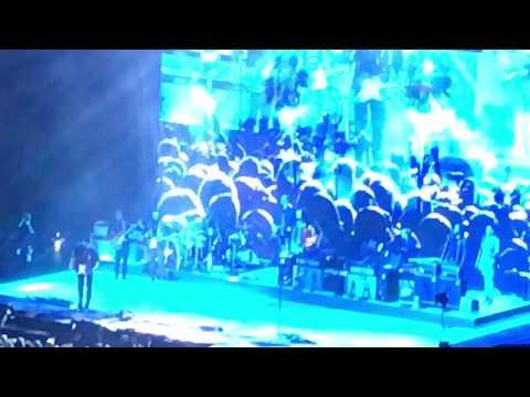 John Mayer - Gravity solo @ Boxen Herning, DK (Amazing solo)
