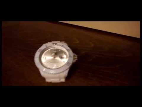 ICEWATCH COM ICE WATCH WHITE UNISEX WHITE WRIST WATCH 029 RUBBER STRAPS
