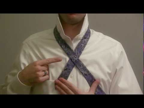 How to Tie a Tie (Mirrored / Slowly) - Full Windsor Knot