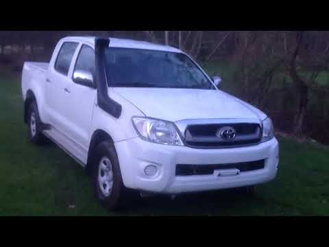 LEFT HAND DRIVE 2010 TOYOTA HILUX FOR SALE