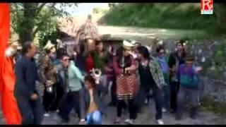 Launda Chandra Garhwali Song by Meena Rana)(bado