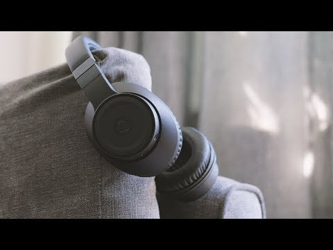 CREATIVE OUTLIER BLACK REVIEW // MINIMAL WIRELESS HEADPHONES