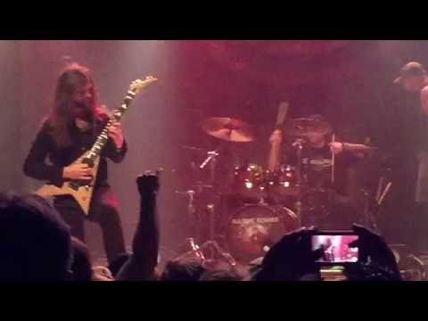 All That Remains - The Air That I Breathe - Live (Guitar solo)