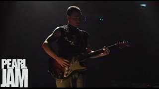 Low Light - Live at Madison Square Garden - Pearl Jam