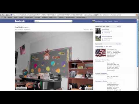How To turn your Facebook picture into your Facebook Profile's Background!