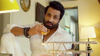 Janaki Nayakan Malayalam Movie Scenes   Sonu Sood Traps Kajal