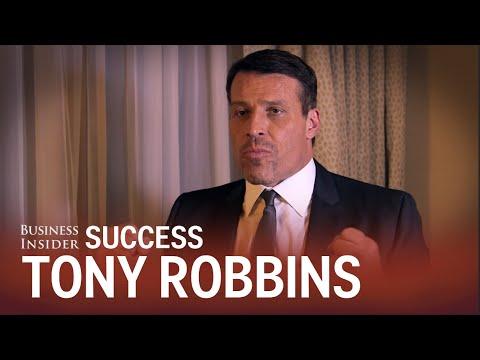 How Tony Robbins starts every morning