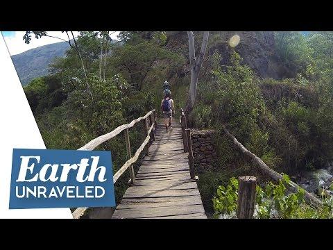 Inca Trail Adventure - Sacred River crossing Santa Teresa hot springs - Machu Picchu, Peru 🇵🇪