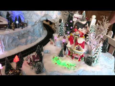 More Holiday Fun At Disney's Epcot Center, Yacht Club, & Beach Club!!!