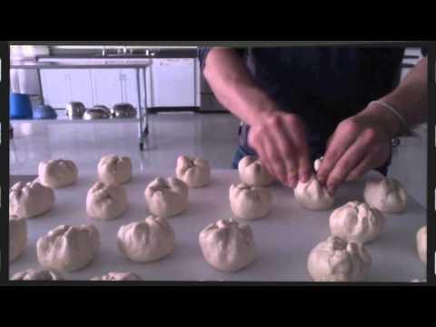 Easy Pepperoni Rolls