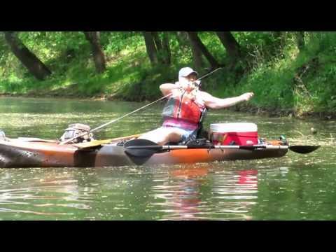 FISH4FUN: KAYAK FISHING THE RIVER FOR BLUEGILL