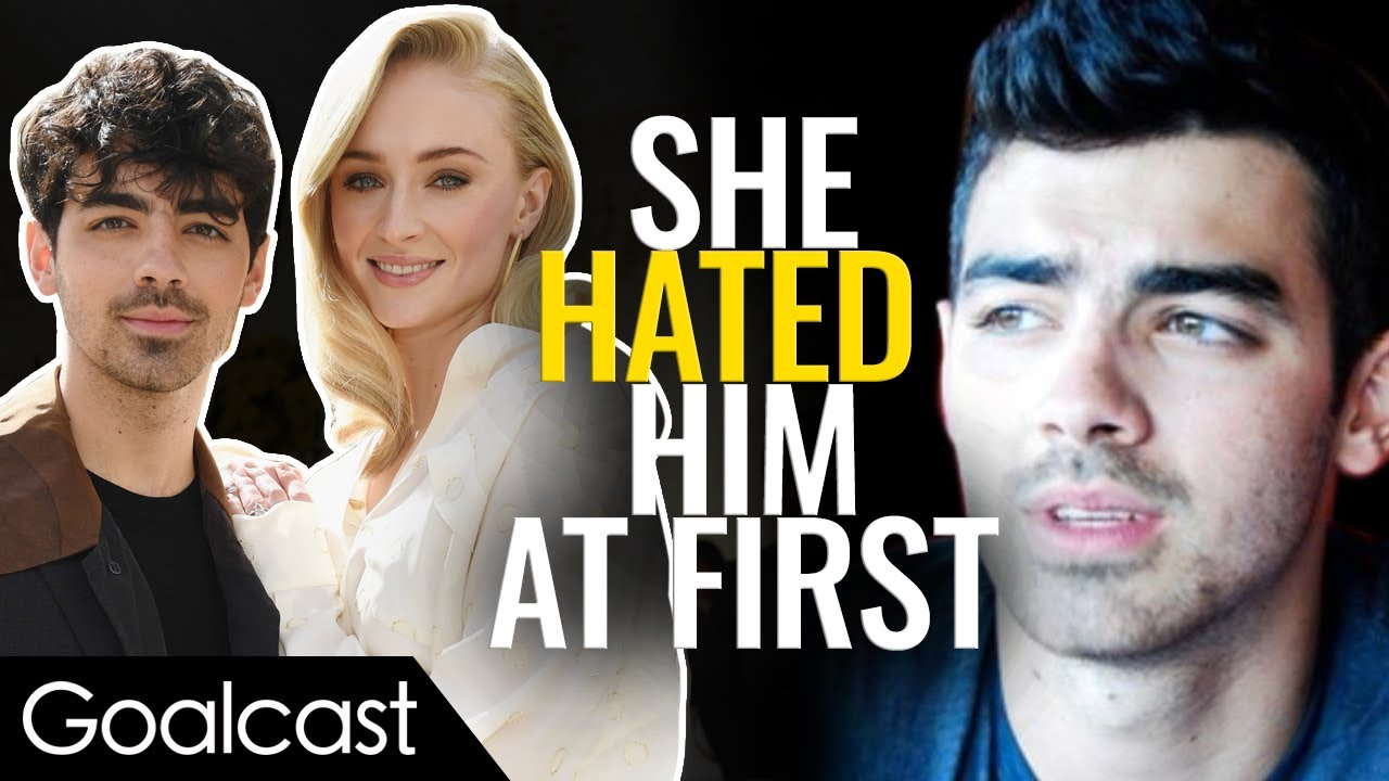 Why did Sophie Turner hate Joe Jonas At First? | Life Stories | Goalcast