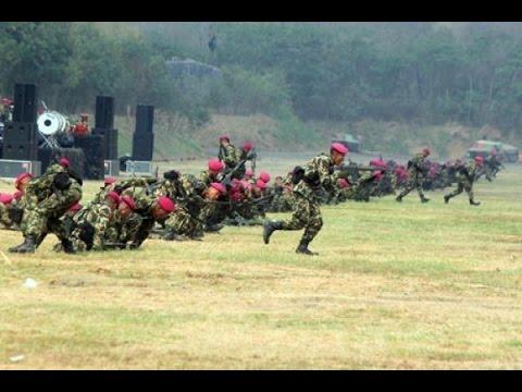 WOW. Tiba-tiba Ribuan Marinir ini muncul dari tanah.