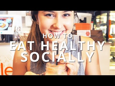 How To Eat Healthy in Social Situations