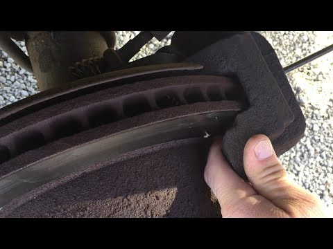 How to Change the Rear Brakes on a 2007 Ford F250