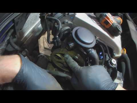VW A3: 2.0L ABA Timing belt Part 1 (with commentary)