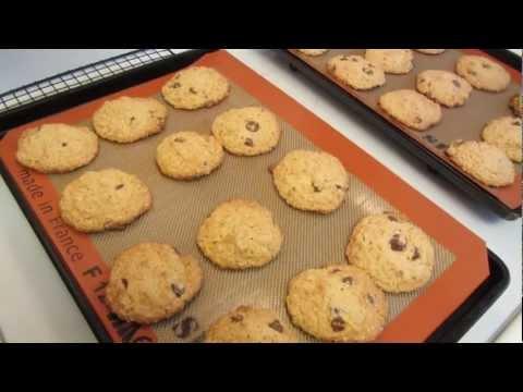 Gluten Free Oatmeal Peanut Butter Chocolate Chip Cookies