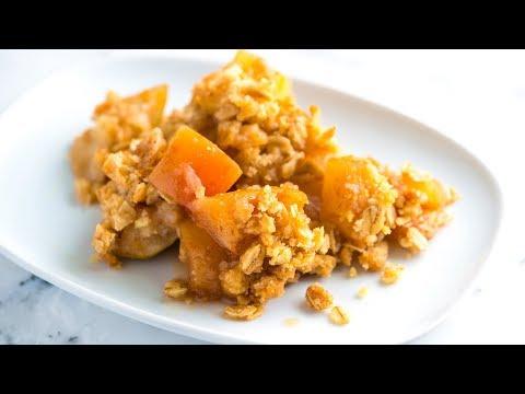 Easy Homemade Apple Crisp Recipe - How to Make Apple Crisp with Oats