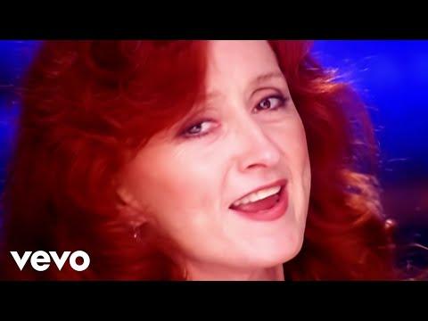 Bonnie Raitt - Love Sneakin Up On You