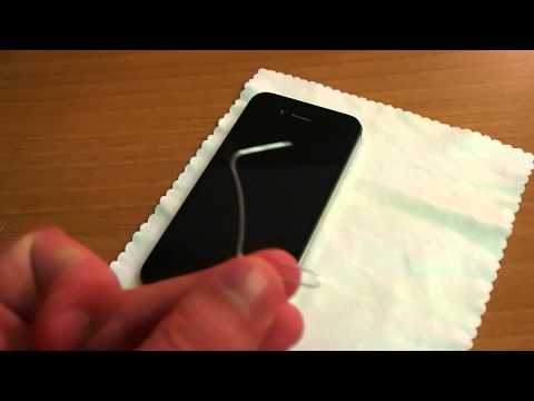 How To Remove an iPhone 4/4S SIM Card