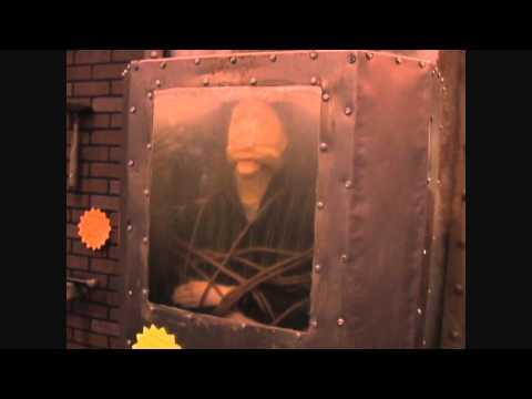 The Drowning Tank Halloween Haunted House Animatronic Prop