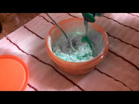 How to make slime with baking soda and dish soap!!