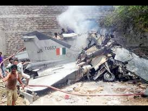 Indian air Force fighter jet tejas crashed in ladakh 3.2.2017