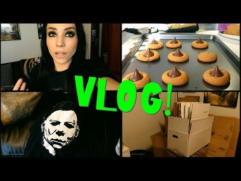 VLOG: January 13th-24th   Boxes, Horror Movie T-Shirt Haul, Baking Cookies, & Dogs