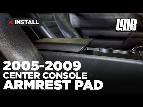 2005-2009 Mustang Center Console Armrest Pad - Install & Review