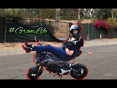 TEACHING ANDREA HOW TO RIDE A MOTORCYCLE - GROM LIFE