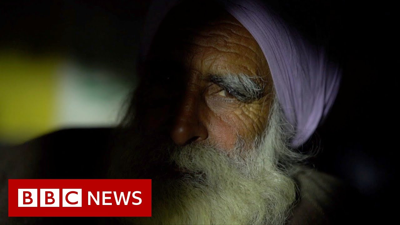 A night at India's largest farmers' protest - BBC News