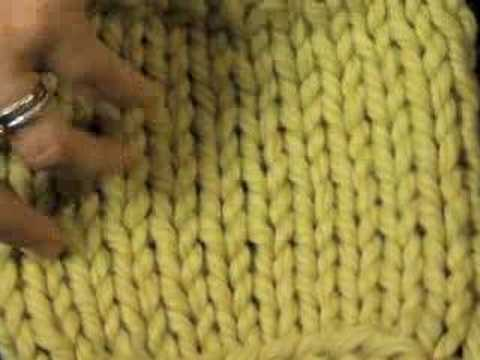 How to Tell the Difference Between Knit and Purl Stitches (knitting)
