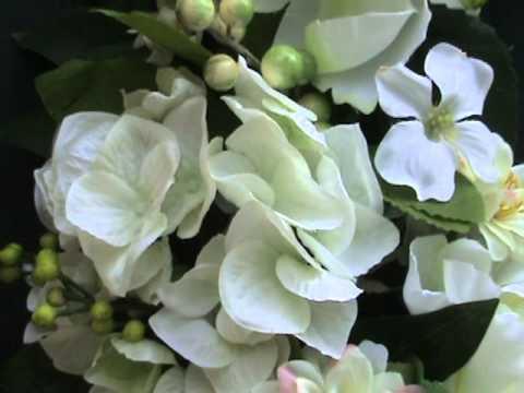 Peony & Hydrangea Wreath.MPG