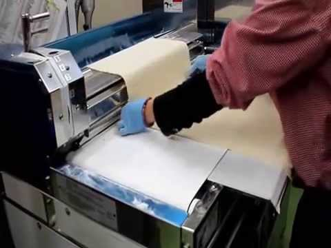 Making Japaneese Udon with machine