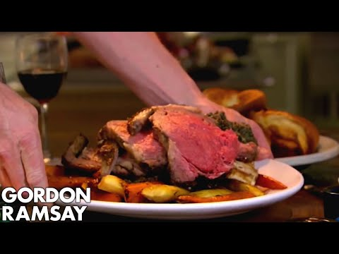 Stuffed Rib of Beef with Horseradish Yorkshire Puddings | Gordon Ramsay
