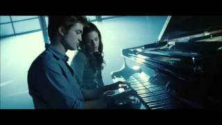Twilight - Edward Cullen (Playing Piano)