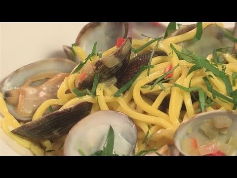 How To Make Creamy Seafood Pasta