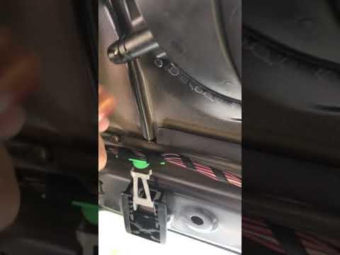 VW mk5 Golf Sunroof leak/drain blocage.