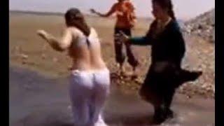 hot punjabi women bathing scene 2016