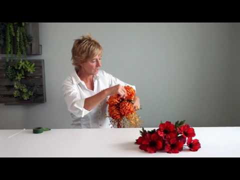 How to: Autumn Bounty Cascading Bouquet