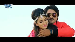 Nidhi Jha navel kiss from hot song
