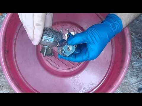 Craftsman / Ryobi String Trimmer / Edger - Walbro Carburetor Cleaning