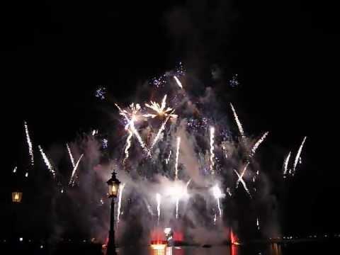 Disney World Fireworks Epcot IllumiNations Part