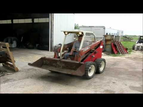 Gehl 2600 skid steer for sale | sold at auction April 25, 2012