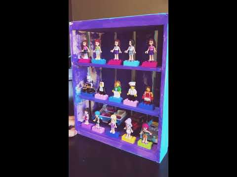 How to make a Lego minifigure display case!