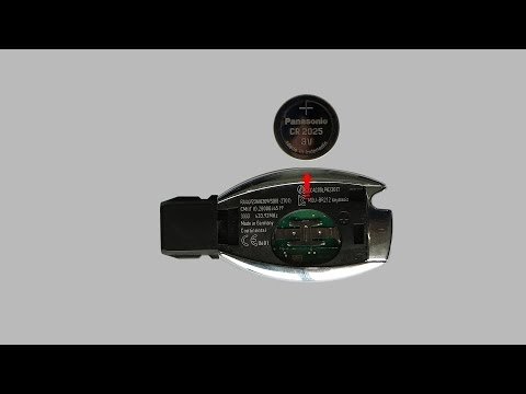 Mercedes Key Battery replacement - How to Change the Key Fob Battery(2)