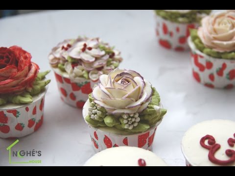 How to pipe Purple fringe rose and Decorate buttercream flower cupcake