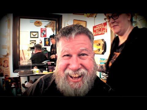 Does my beard make me look old? (Should you quit Facebook?) Steve's Vlog