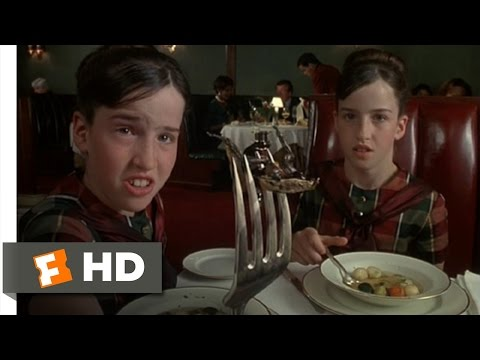 Mousehunt (1/10) Movie CLIP - Cockroach Dinner (1997) HD